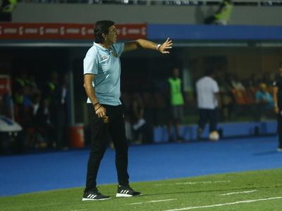 Gustavo Costas analiza la derrota ante Palmeiras