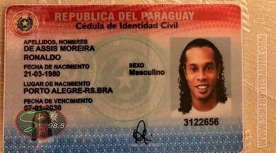 Caso Ronaldinho: imputan a tres personas más