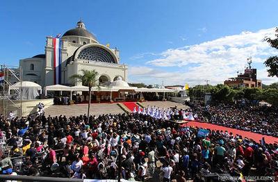 Caacupé: obispo contradice prohibiciones y afirma que misas se realizarán