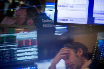 El coronavirus vuelve a hundir los mercados y Wall Street se desploma en la apertura