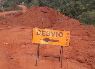 Construcción de puente no avanza, denuncian
