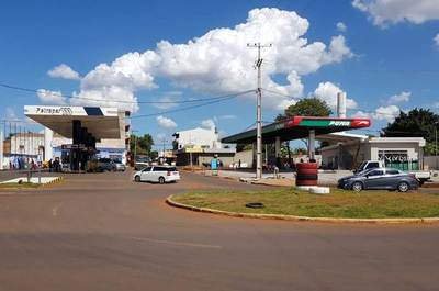Proliferación de gasolineras representa un peligro ambiental, según empresario