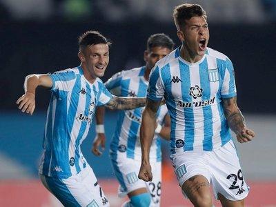Racing derrotó a Alianza Lima y se consolida como líder