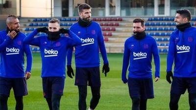 HOY / Barcelona suspende sus entrenamientos