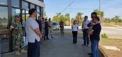 La EBY coordina acciones de contención del COVID-19 en paso fronterizo Ayolas-Ituzaingó