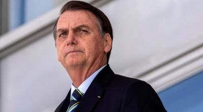 Bolsonaro desmiente a medios y asegura que su resultado es negativo