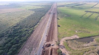 Con mano de obra mixta avanza duplicación de Ruta Transchaco