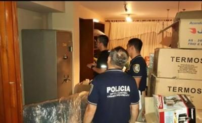 Allanan propiedades de Dalia López e incautan evidencias