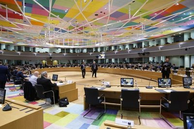 Unión Europea pide establecer filtros sanitarios en las fronteras
