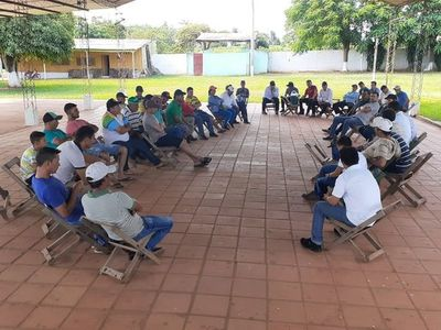 Autoridades municipales de Arroyito pararon la manifestación de agricultores