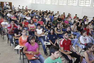 Unos 4.400 jóvenes fueron habilitados para examen de becas Itaipú-Becal