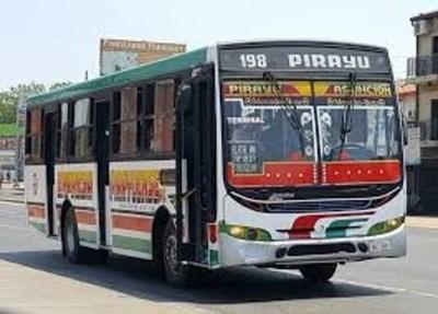 Denuncian deficiente servicio de transporte público en Pirayú