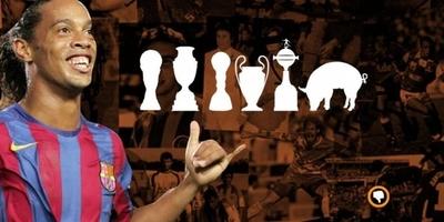 HOY / Ronaldinho juega fútbol en la cárcel: ¿El premio? Un lechón de 16 kilos