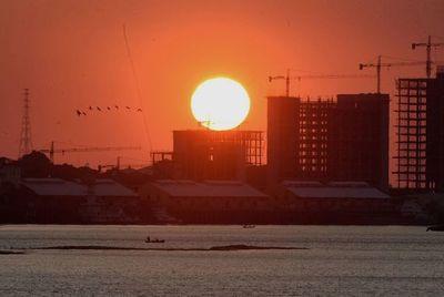 Altas temperaturas se mantendrán durante el fin de semana, según Meteorología