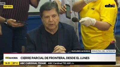 Acevedo pide cumplir con cuarentena y advierte que el Estado podría usar su fuerza