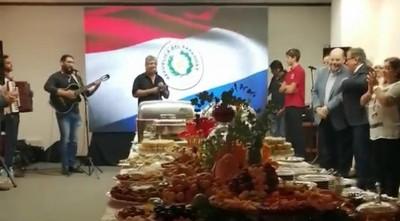 Mimado de Nicanor festeja su cumpleaños con banquete y músicos en oficina de la EBY