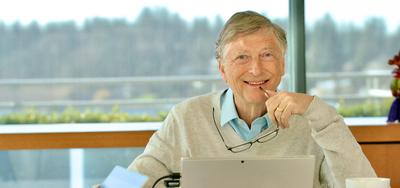 Bill Gates deja la junta directiva de Microsoft, empresa que cofundó en 1975