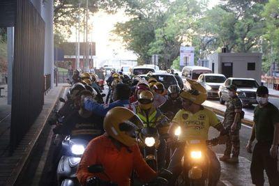 Paraguay cierra parcialmente sus fronteras por Covid-19, habrá reunión de grupo Prosur