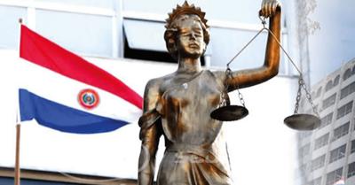Investigan a juez acusado de invitar a 30 personas a festejar cumpleaños