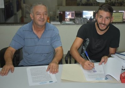Martín Giménez retorna al fútbol paraguayo