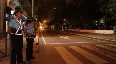Primera noche de restricción: trabajadora no encontró bus, ni uber, ni taxi para volver