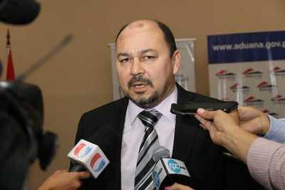 Aduanas garantiza el flujo comercial en puestos fronterizos habilitados