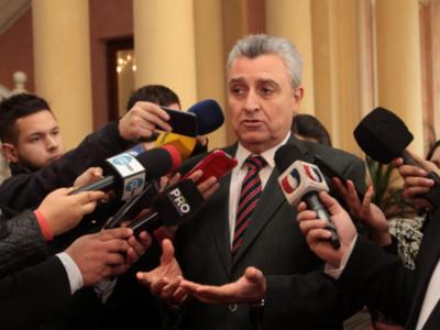 """""""Hubiese sido bueno que Villamayor dé el ejemplo como el ministro ..."""