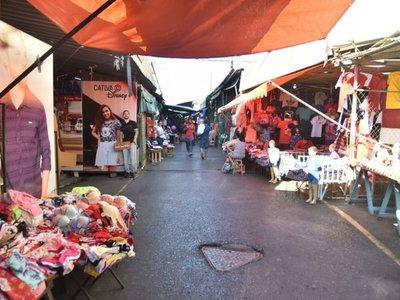 Junta Municipal analiza exonerar pago de canon en mercados y TOA