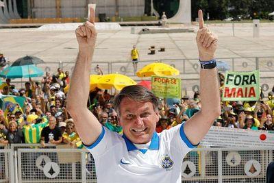 """Bolsonaro habló con Marito, dice que no hay cómo cerrar la frontera seca y habla de """"cierta histeria"""""""