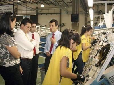 Más de 1000 trabajadores expuestos a contagio en maquiladora