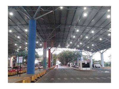 Bolsonaro aplaude medidas paraguayas pero no cerrará frontera