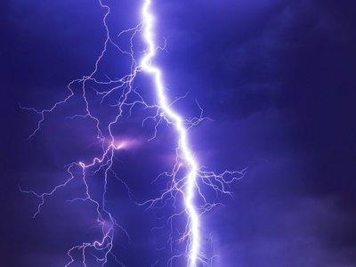 Meteorología emite alerta de tormentas para ocho departamentos del país