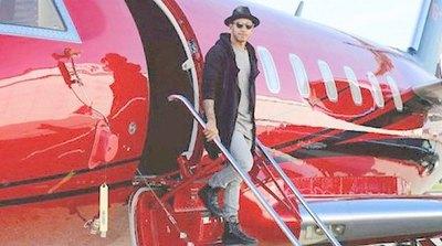 Neymar tomó su avión y se rajó de Francia