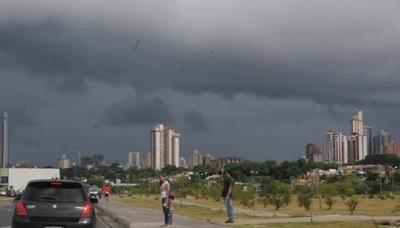 Anuncian tormentas eléctricas para varios departamentos del país