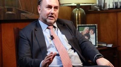 HOY / Salud necesita refuerzo de 500 millones de dólares, según ministro de Hacienda