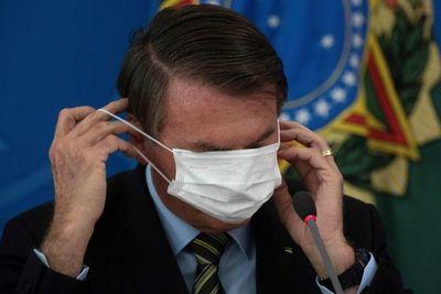 Hijo de Bolsonaro irrita a China acusándola de pandemia de coronavirus