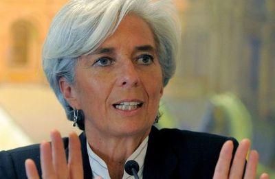 """Lagarde prevé recesión """"considerable"""" en zona euro por el coronavirus"""