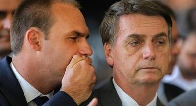 HOY / Hijo de Bolsonaro compara a la pandemia del coronavirus con Chernobyl y culpa a China