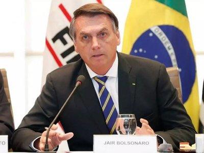 Imposible cerrar la frontera entre Brasil y Paraguay, dice Bolsonaro