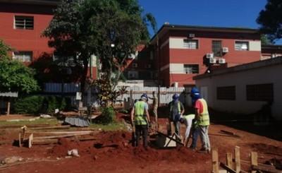 Avanza construcción del pabellón sanitario para cuadros respiratorios