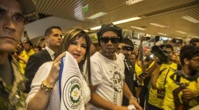 HOY / Ordenan captura internacional para Dalia López