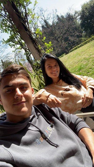 Paulo Dybala y su novia tienen COVID-19