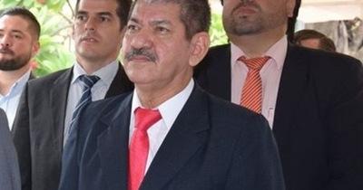 En medio de fuertes presiones finalmente Quiñonez cierra la Municipalidad