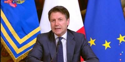 El premier Conte cierra las fábricas de Italia
