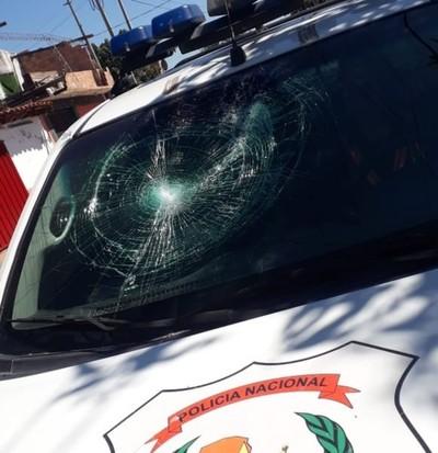 Intervienen por aglomeración y policías fueron atacados: cuatro personas imputadas