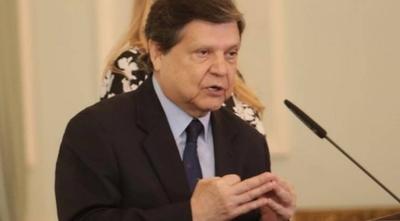 """HOY / Controles más estrictos desde hoy: """"A los inadaptados se les garrotea"""", advierte Acevedo"""