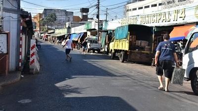Cierran calles en zona del Mercado 4
