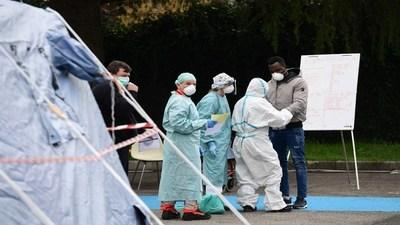 La pandemia de Covid-19 superó las 15 mil muertes a nivel mundial