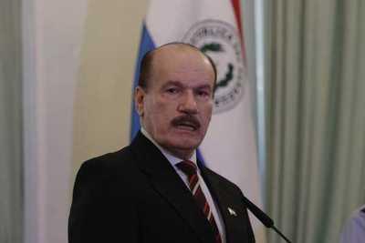 Ministro asegura que aplicación de medidas sanitarias será clave para vencer a la pandemia