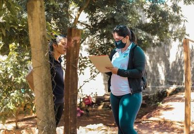 Censan a familias para entrega de kits de alimentos en Presidente Franco